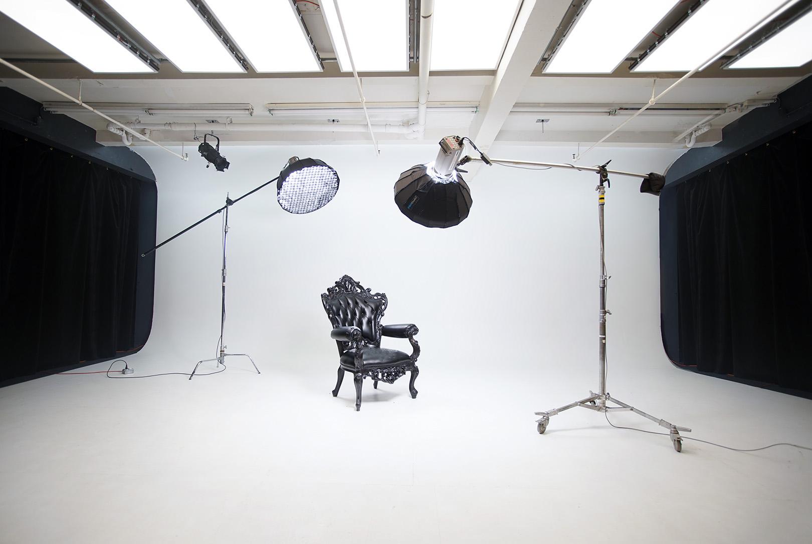 Studio A+B