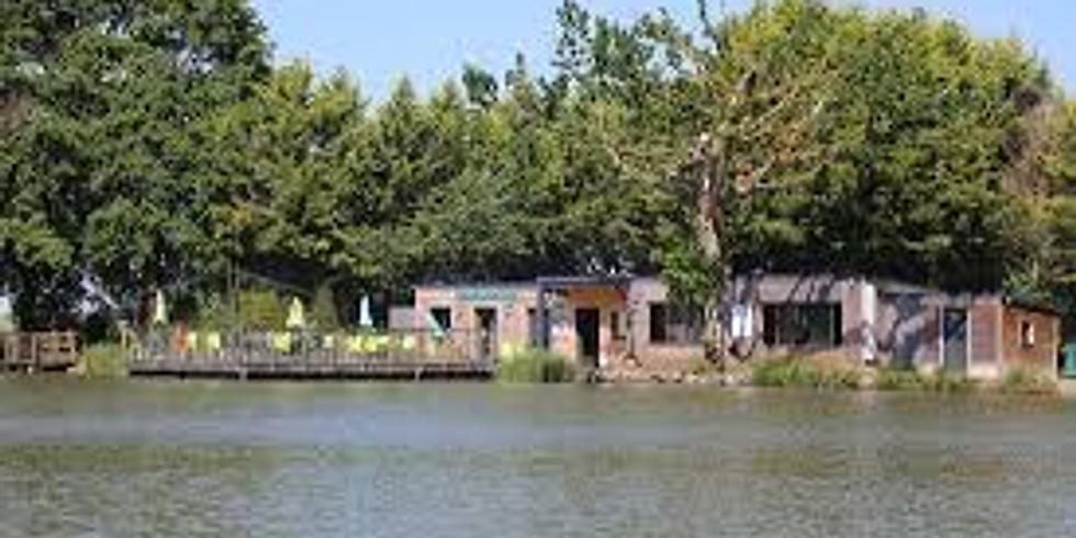 Members Lunch Floating Village, Pressac
