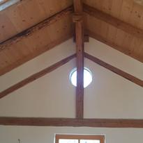 Sanierung und Trockeneisstrahlen Dachstuhl Bauerhaus