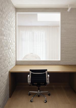 Alain Carle Architecte LAUR Office — Photo © Alex Lesage 14.jpg