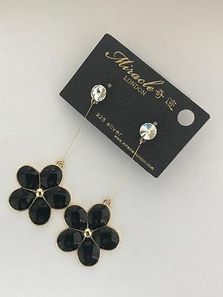 L7173G0Z/380 (Black) GOLD DANGLE EARRINGS