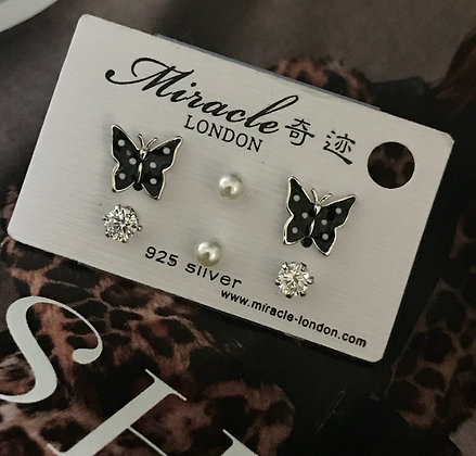 JE17324B/370 Silver Earrings