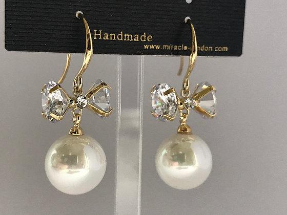 20706750201/355Gold Earrings
