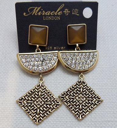 20681710200b/0625 GOLD DANGLE EARRINGS