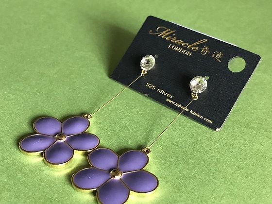 L07173G0Z/380(Purple)  GOLD DANGLE EARRINGS