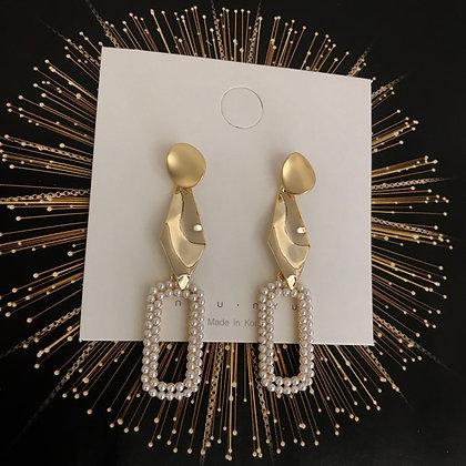 ERWS10074-9.  GOLD DANGLE EARRINGS