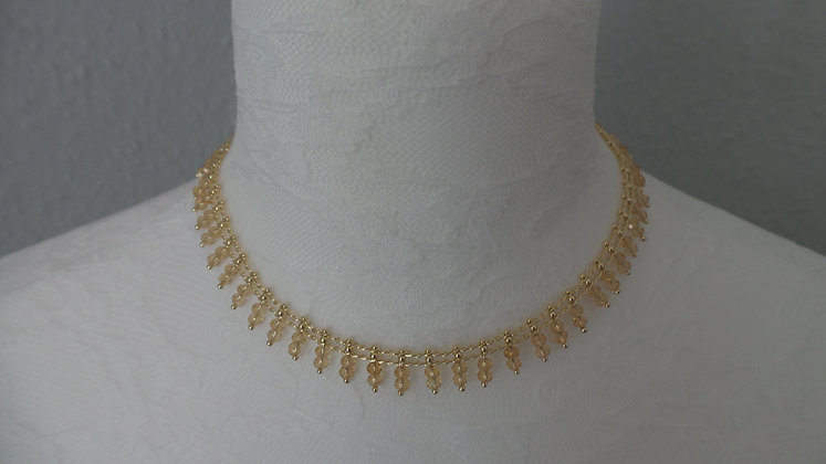 30672970200/00395.  GOLD NECKLACE