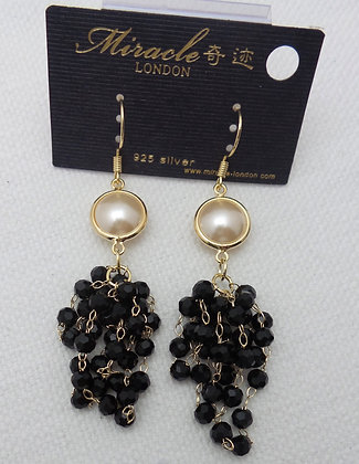 20691290200B/0455(Black).GOLD DANGLE EARRINGS