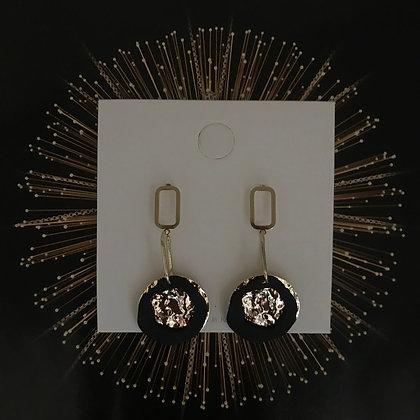 ERWS10078-7.   GOLD DANGLE EARRINGS