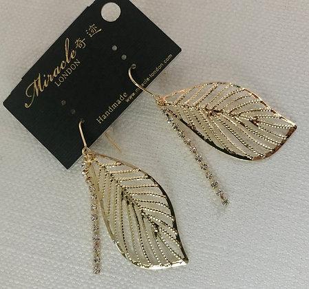 L08119G1Z/330 Gold Earrings
