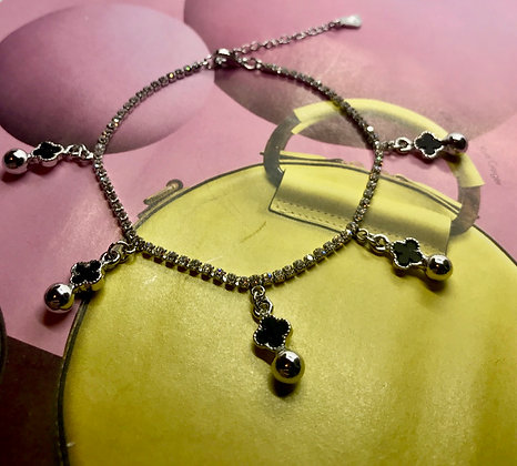 X0008/10/200.  SILVER ANKLET