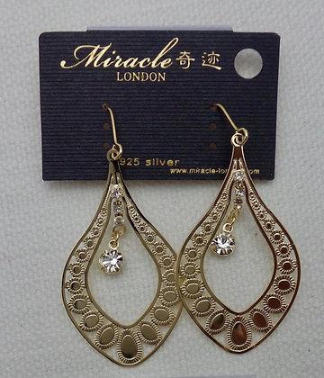 20724220201/00355.  GOLD DANGLE EARRINGS