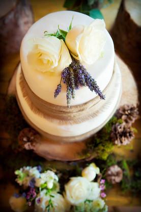 Rustic Burlap Woodland Wedding Cake The