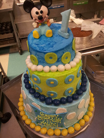 Mickey Mouse Topsy Turvy Cake The Yellow