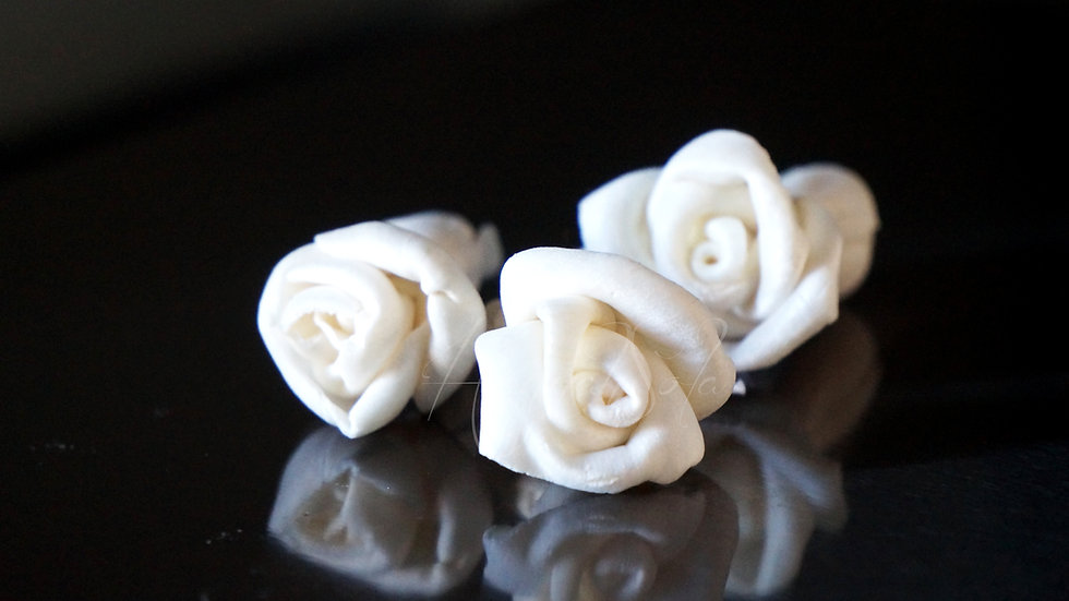 Micro Mini Rose Assortment (15 flowers)