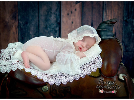 Newborn - Sienna - Little cowgirl