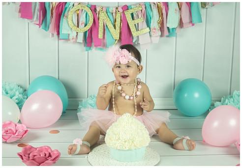 Sweet Smash Cake Photography