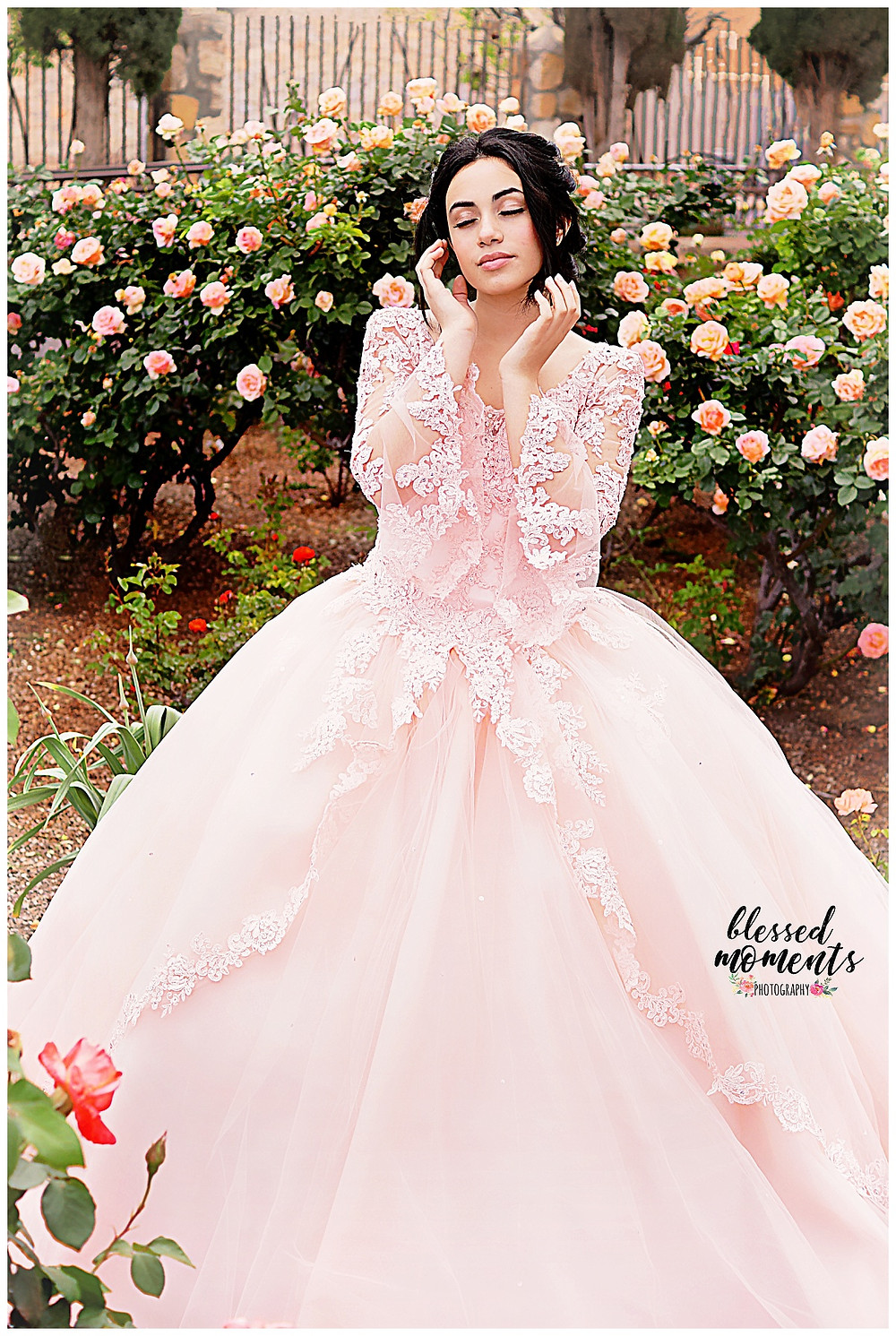 Quinceanera  photo session at El Paso Rose Garden