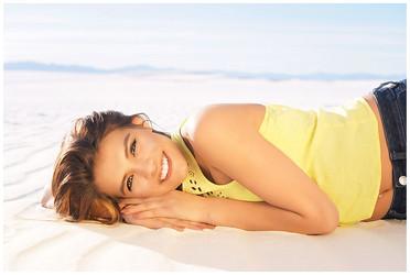 White Sands Stunning Senior Photos
