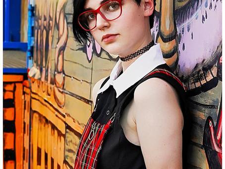 Senior photos - Hannah - Day at the fair