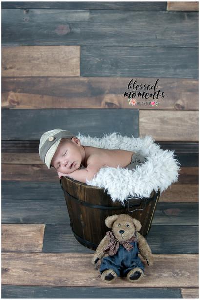 Premiere Newborn Photography