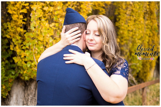 Holloman Couple Photographer