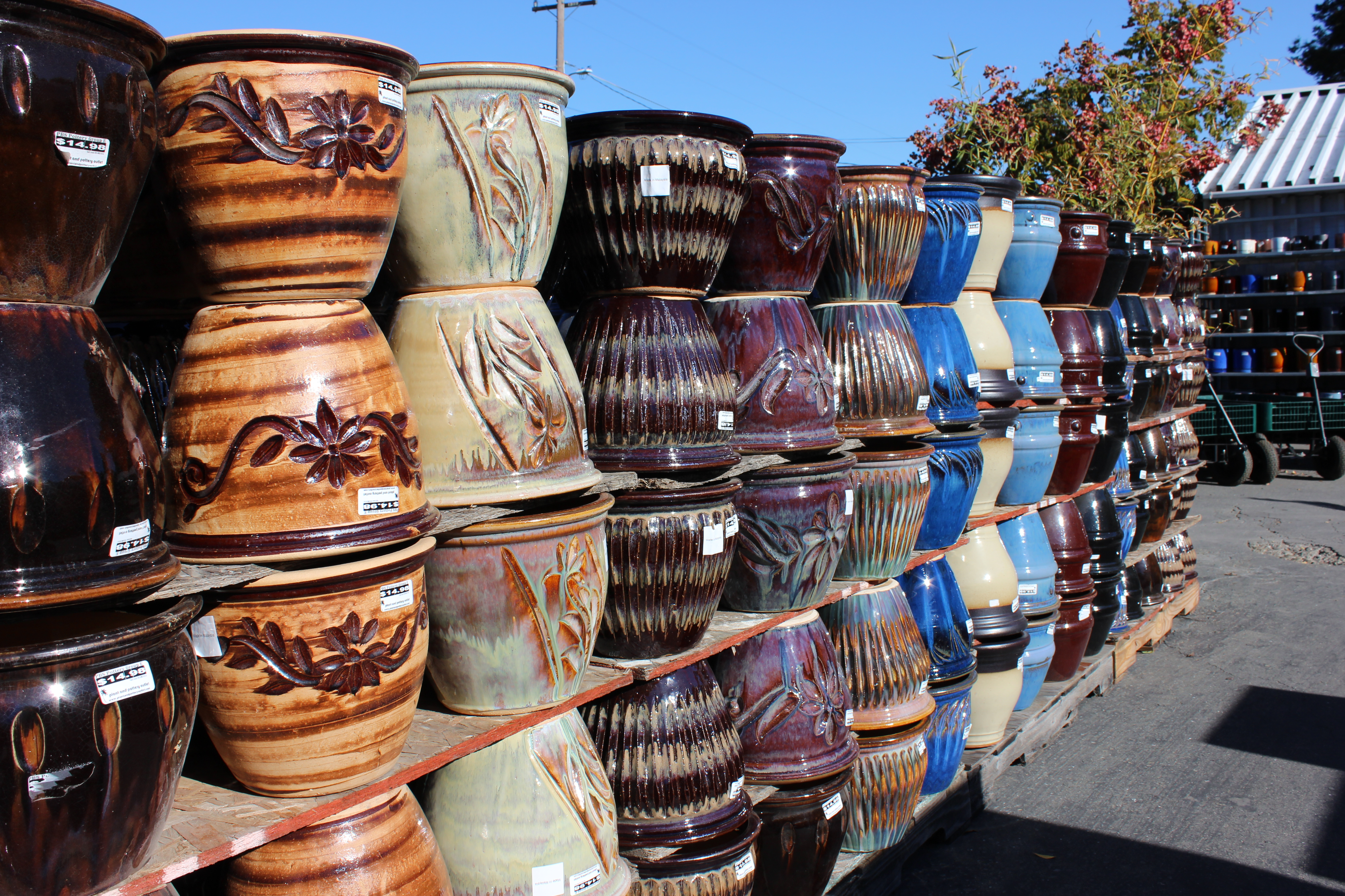 Plant And Pottery Outlet Sunol California Usa