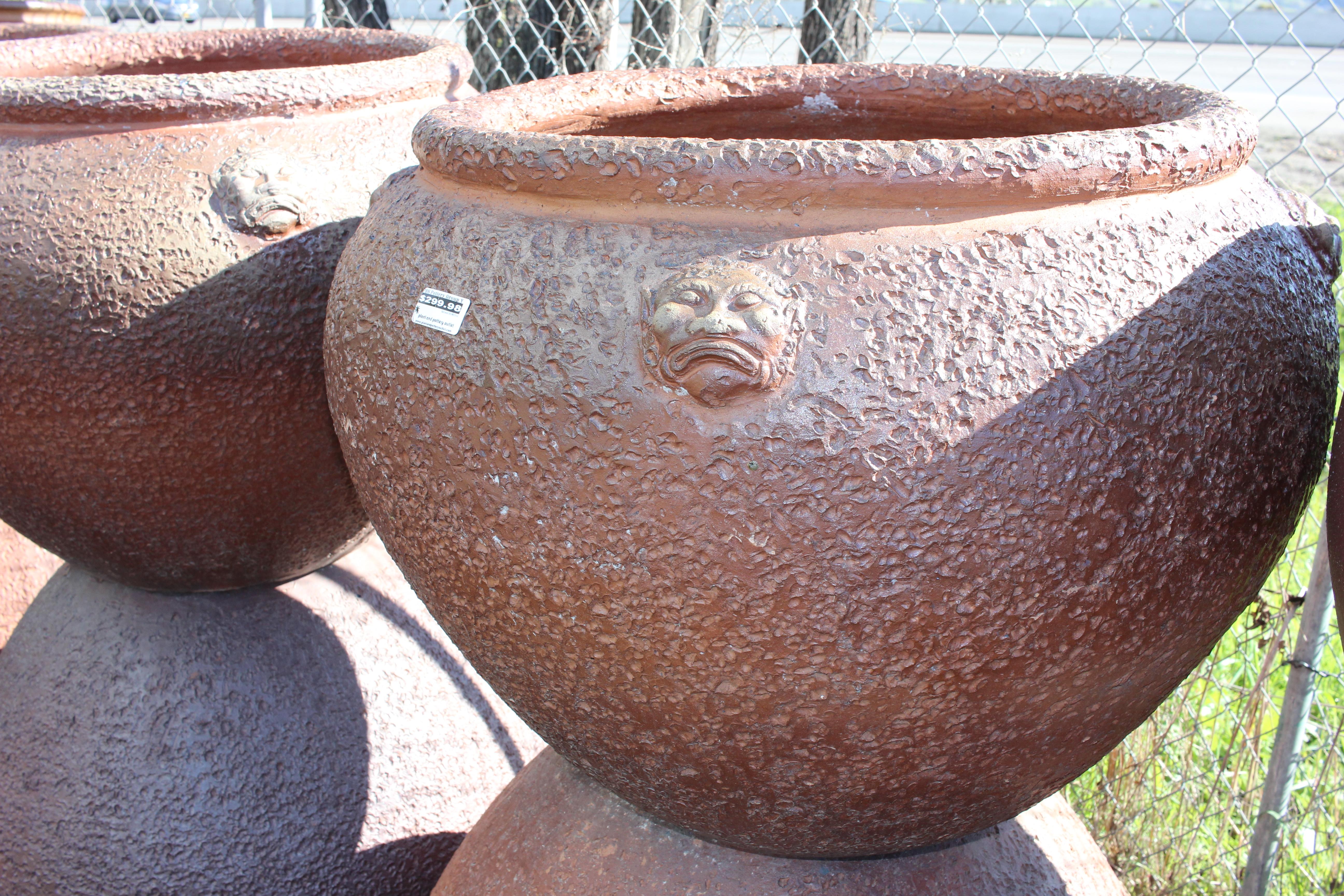 Monkey Face Pot
