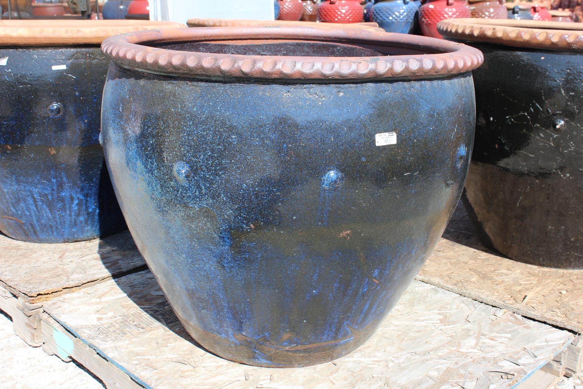 Stud Pot