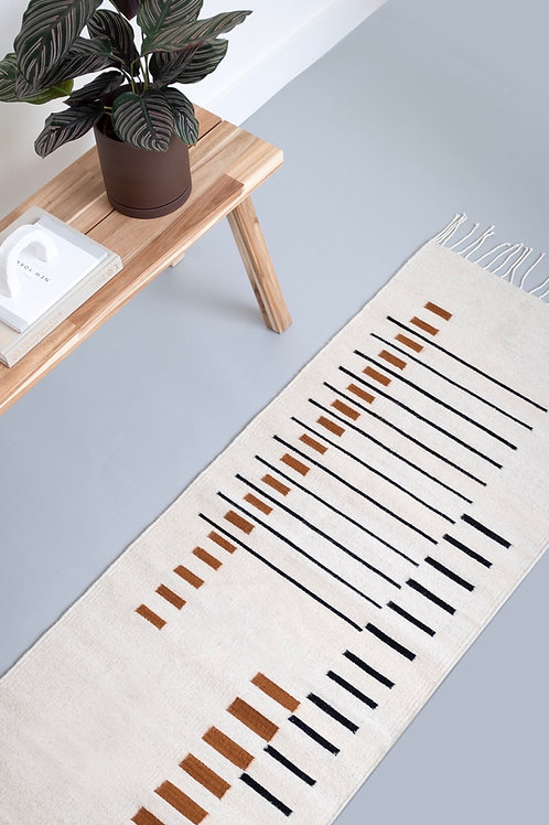 100% wool handmade Parallel Runner Off White rug and bench