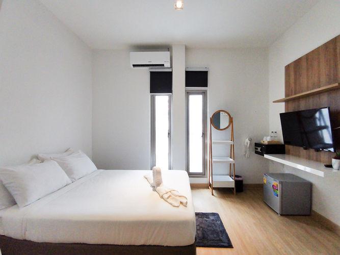 Alexa - Double Room with Bathroom(1).jpg