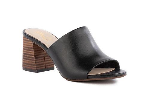Seychelles Commute Sandal in Black Leather