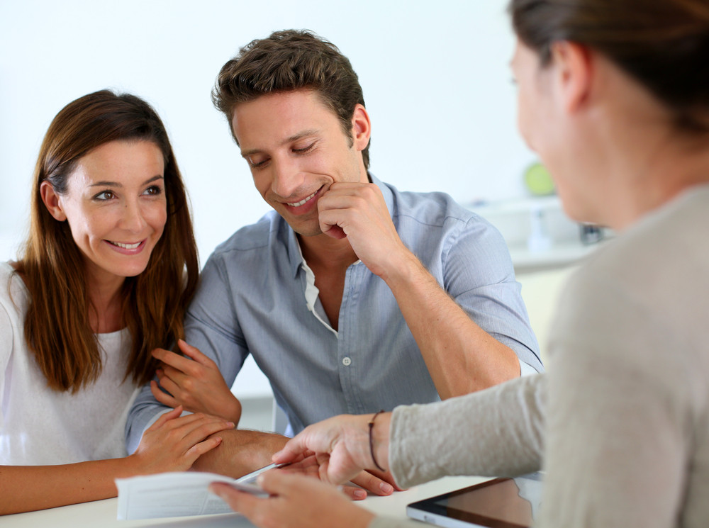 Meeting with a finance broker commercial loan