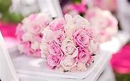 Bridal-bouquet-pink-roses_m_edited.jpg