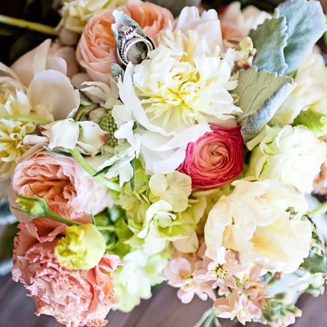 al wedding flowers planner