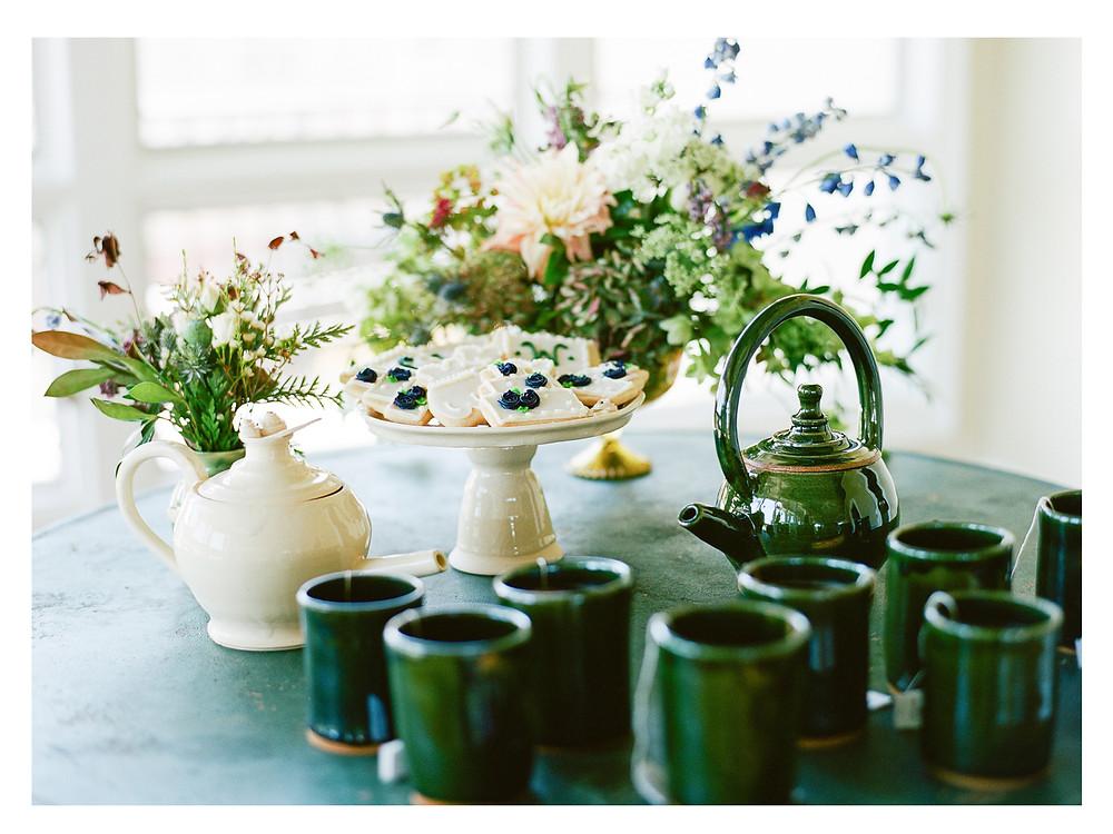 wedding tea table flowers