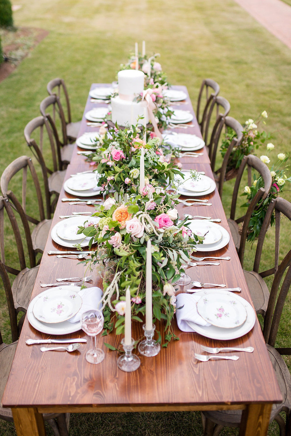 wedding table ga planner flowers