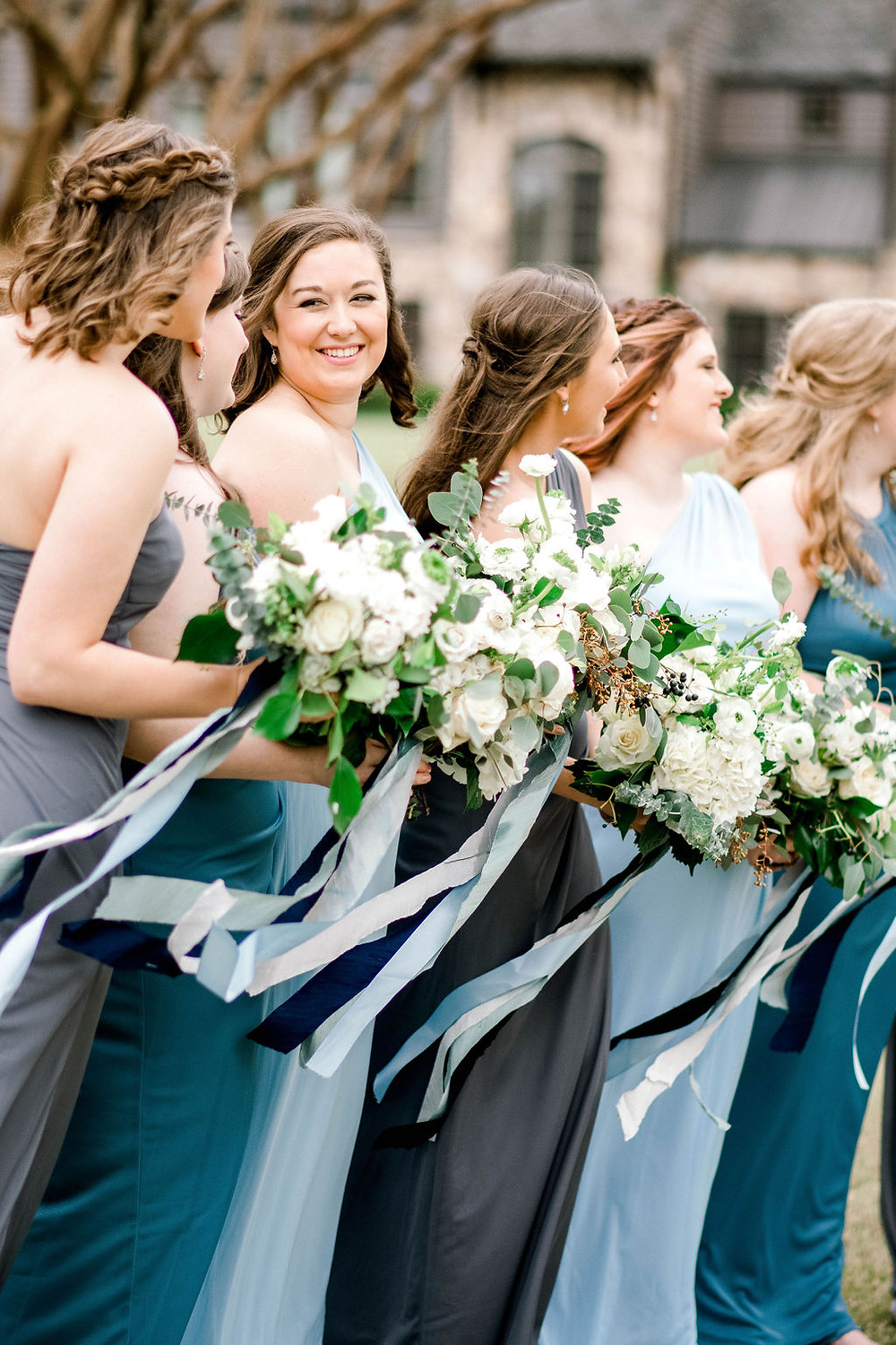 bridesmaids and bouquets Auburn Al wedding venue