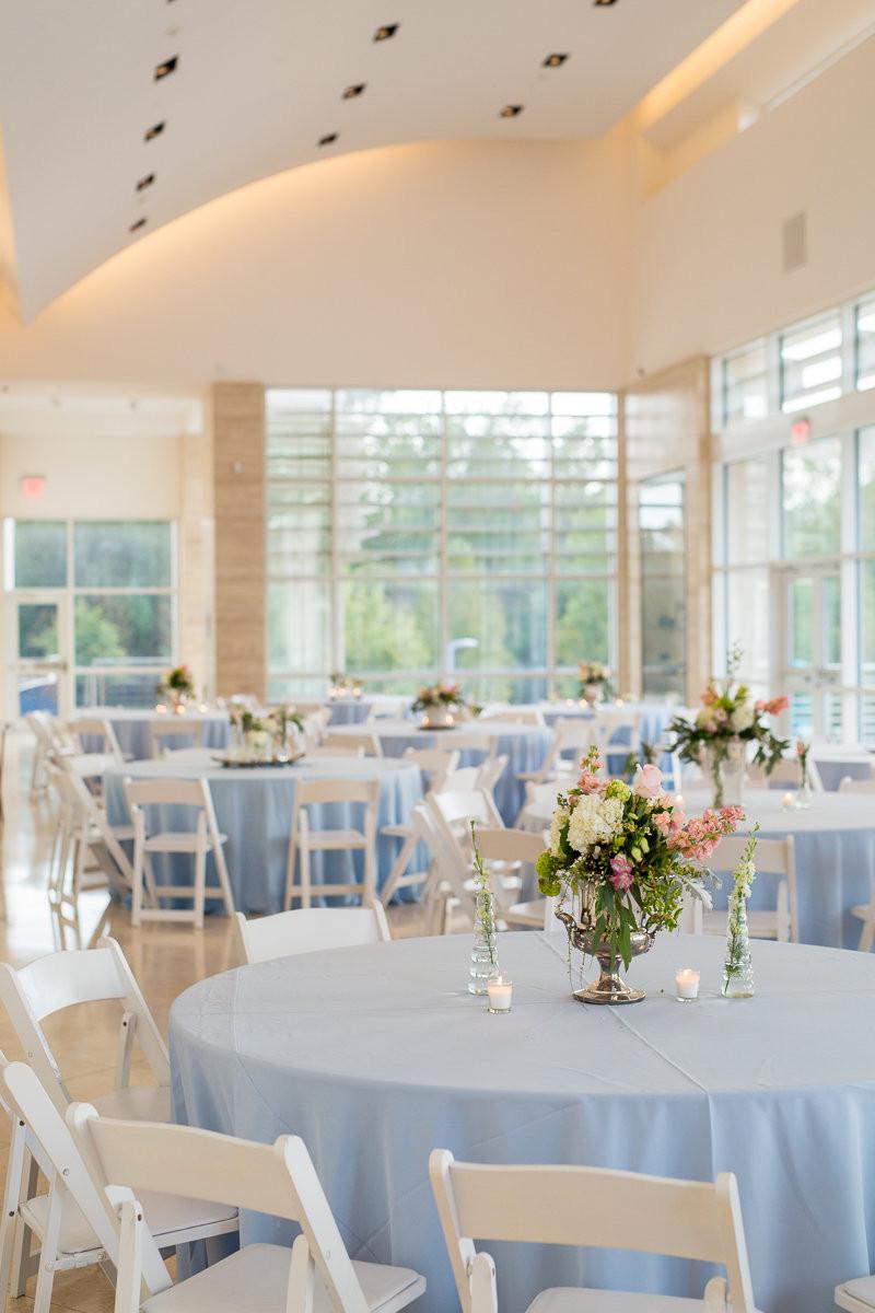 wedding planner table flowers