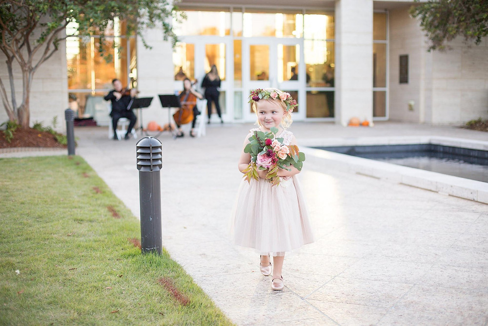 flower girl wedding coordinator auburn museum