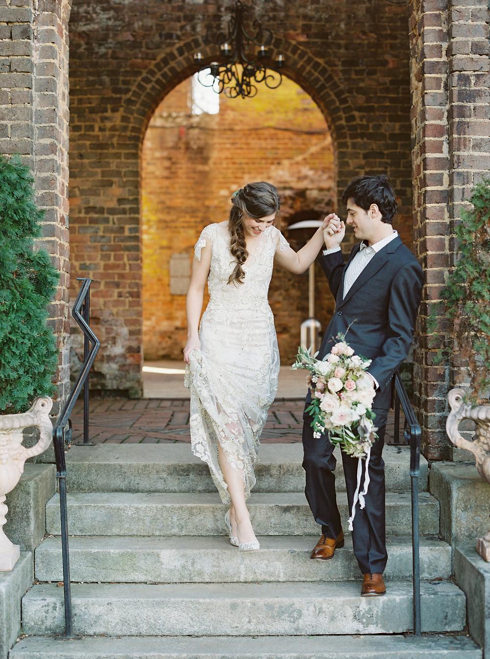 wedding planner bride groom flowers