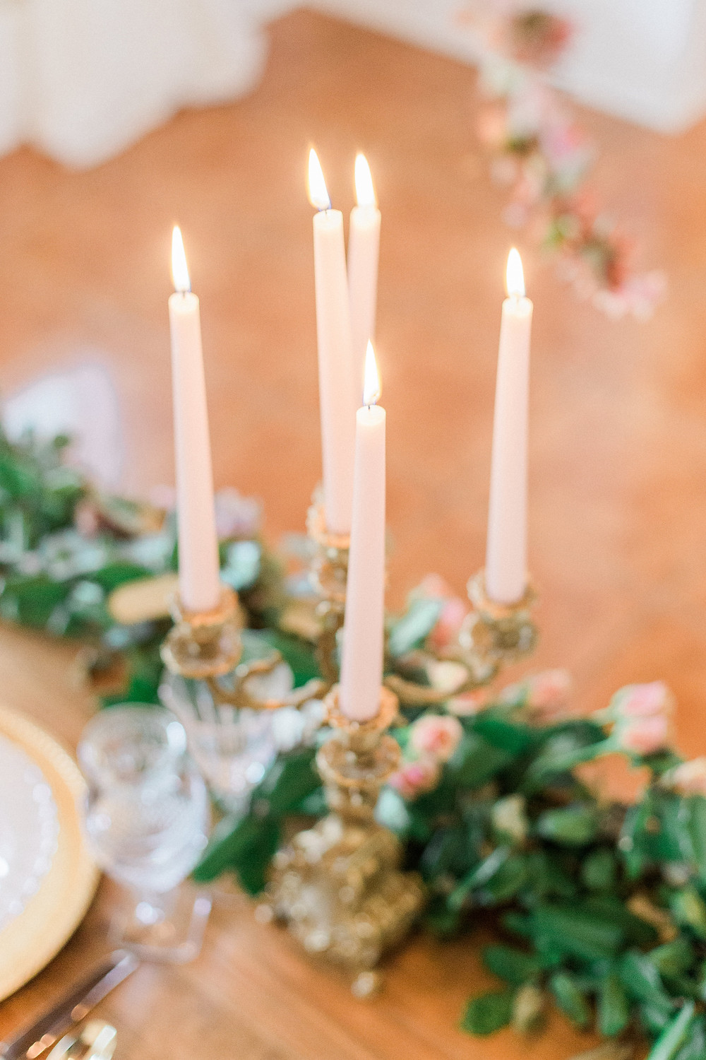 candles table garland