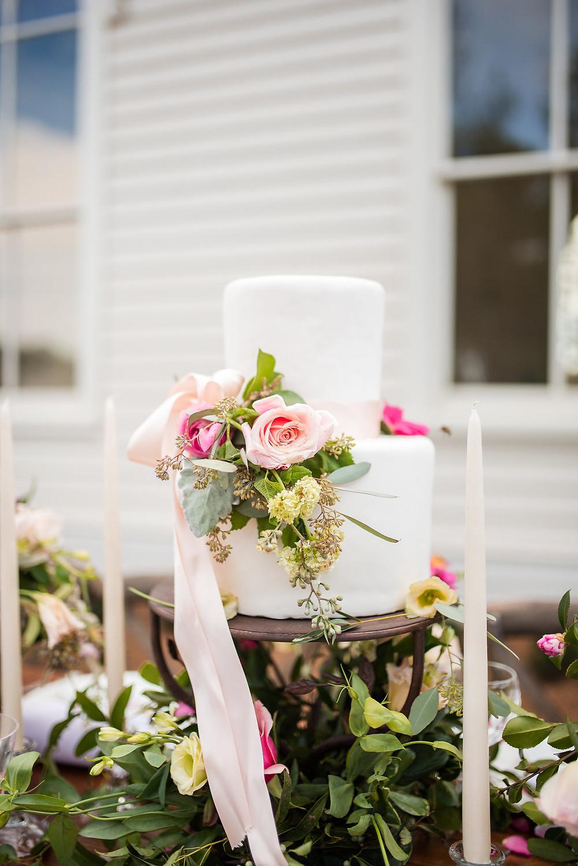 cake flowers wedding planner