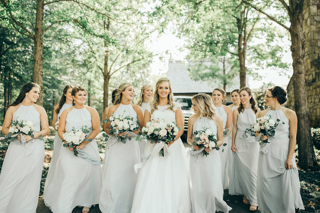 bride and bridesmaids wedding auburn