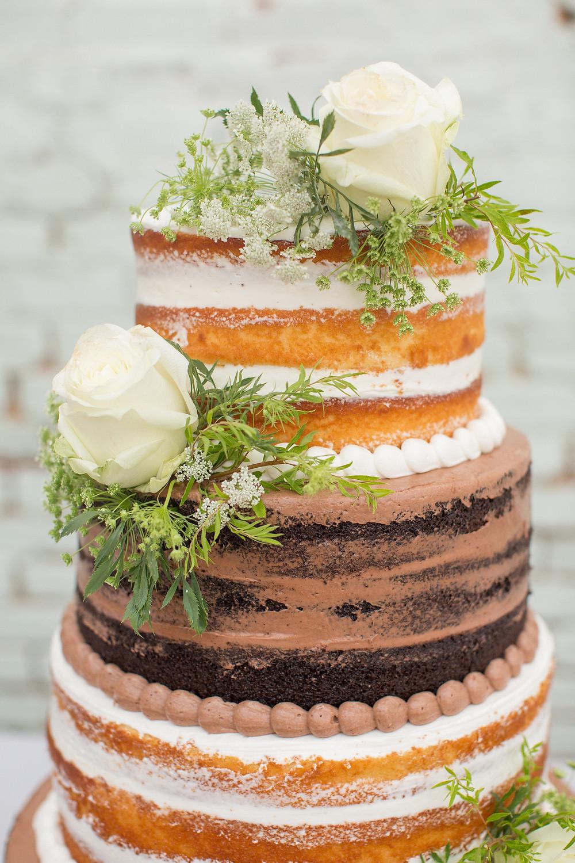 auburn wedding cake flowers