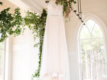 Old Town Columbus sweet chapel wedding -eliza morril photography