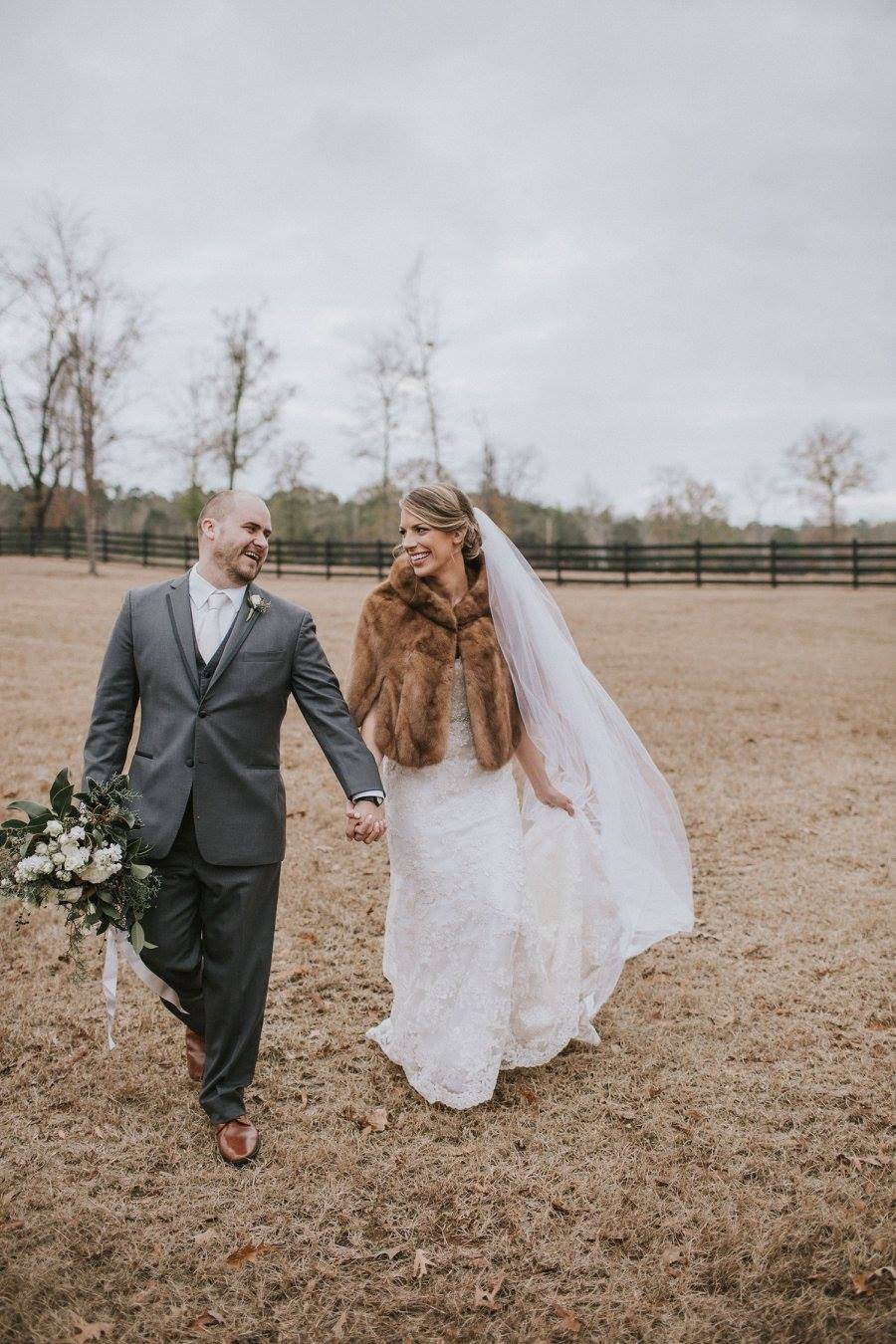 bride groom auburn wedding planner