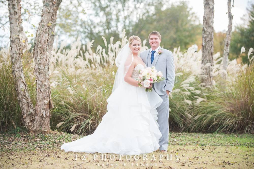 coordination auburn wedding flowers