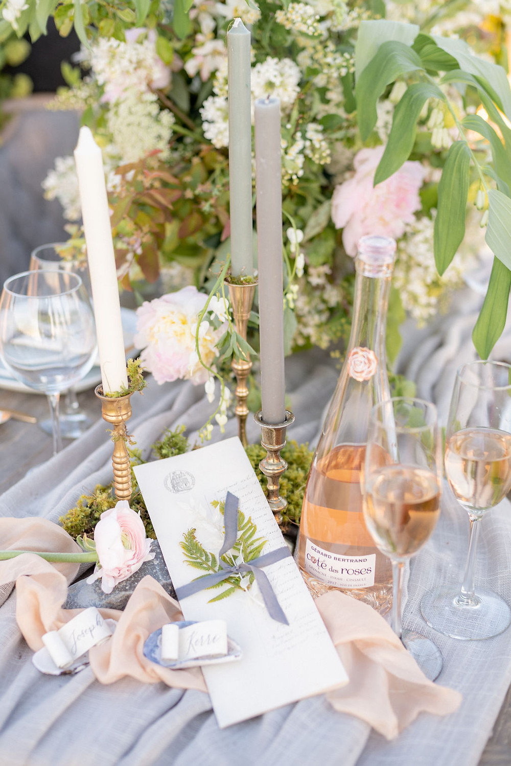 seaside table details wedding decor