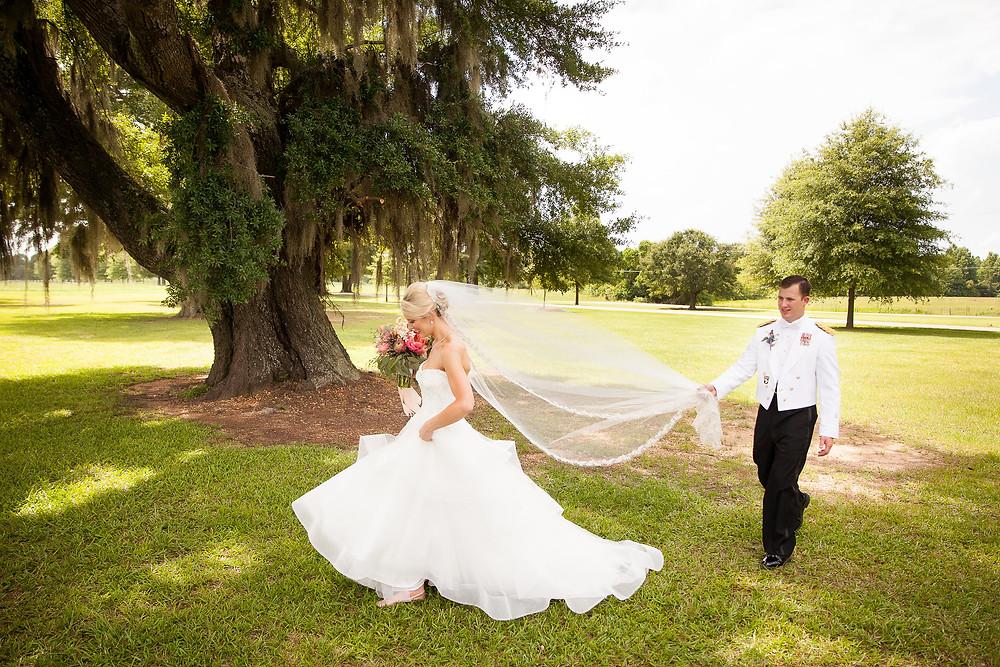bride groom wedding planner